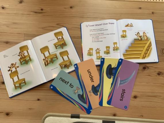 ディズニー英語教育(DWE)本とカード